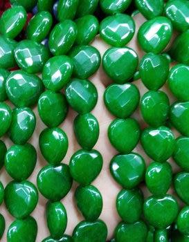f8189975a308 Comercio al por mayor de Jade Corazón Amor Facetas Perlas de cereza púrpura  al rojo vivo Zafiro Azul verde Negro Blanco mezclado que hace fuentes 12mm  ...