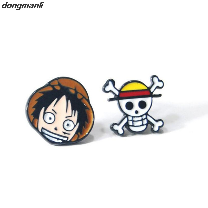 P233 dongmanli Anime Hot One Piece Luffy Cosplay Earrings wanita aksesori aloi Aloi