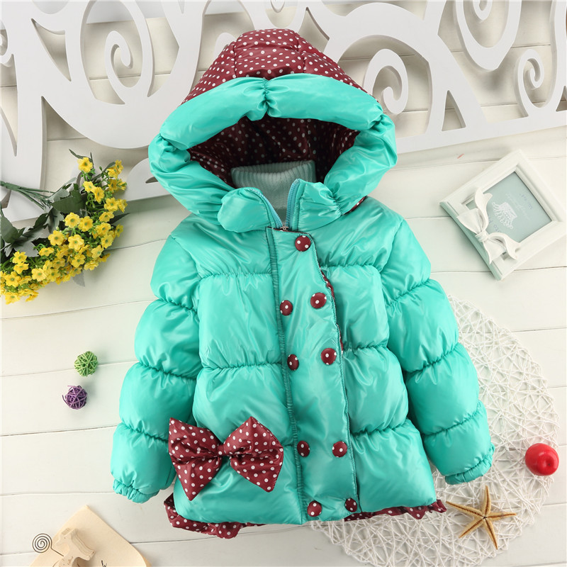 все цены на  baby girls winter coat 2017 new fashion children dot long sleeve hoddies jacket kids cotton bow outwear fashion dot cute bow  в интернете