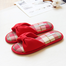 Interior Rojo Otoño Invierno Hermosa Casa Zapatillas Mujer Zapatos de Mujer Arco de Algodón Home Interior Chica Pantuflas Zapatos Donna Pantofole