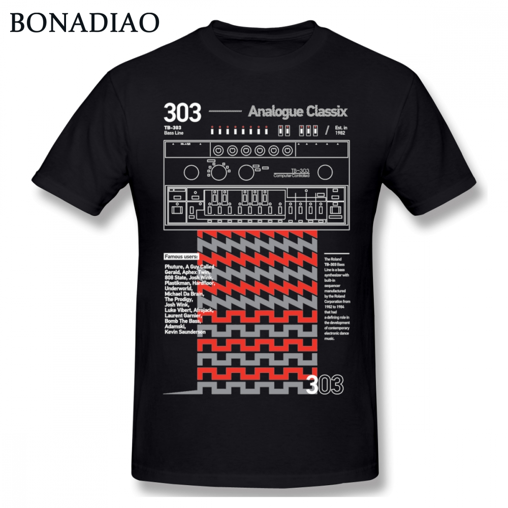 Crewneck Unique Design Roland TB-303 Musical instrument   T     shirt   Men Retro Style S-6XL Plus Size Camiseta