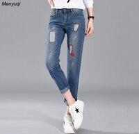 Vrouwen jeans denim broek ankle_length strakke gat en geborduurde rode lippen vrouwen jean broek vier seizoenen mode jeans vrouwen