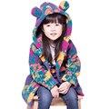 2 cor Da Moda Crianças Jaqueta de Inverno Quente Meninas Cashmere Urso Camuflagem Blusão Outerwear Crianças Grosso Casaco Bonito Dos Desenhos Animados