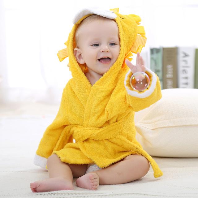 Nova Marca de Roupas de Bebê Cor de Rosa das Crianças Roupão de Banho Terno Com Cap nova Adorável Rato Do Bebê Material de Algodão Amarelo Bonito Toalha Manto YY2