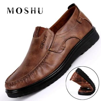 Fashion Men Casual Shoes Flats Autumn Summer Breathable Shoes Men Loafers Slip On Size 38-48 Brown Black Chaussure Homme