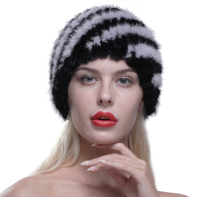 New Lovely Real Mink Fur Hat For Women Winter Knitted Mink Fur Beanies Cap With lining Brand New Thick Female Cap