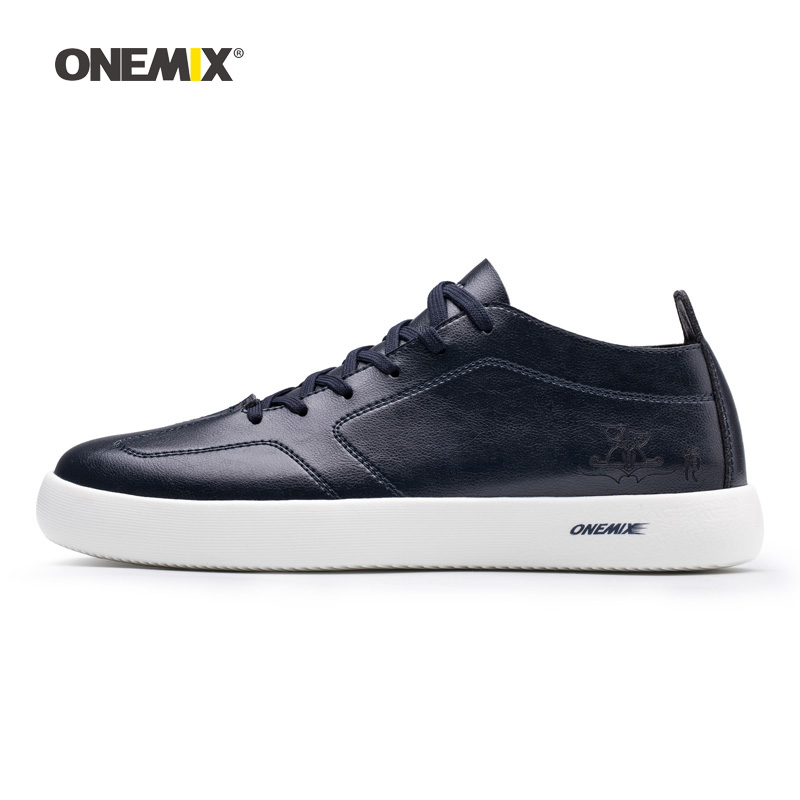 Man Skateboarding Shoes Men Microfiber Leather Designer Classic Sport Skateboard Sneakers Outdoor Jogging Gym Walking Trainers