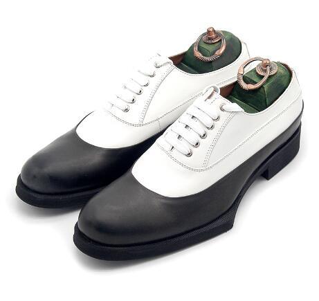 Nouveau contraste classique Oxford chaussures gentleman noir et blanc couleur mixte en cuir robe à la main chaussures à lacets