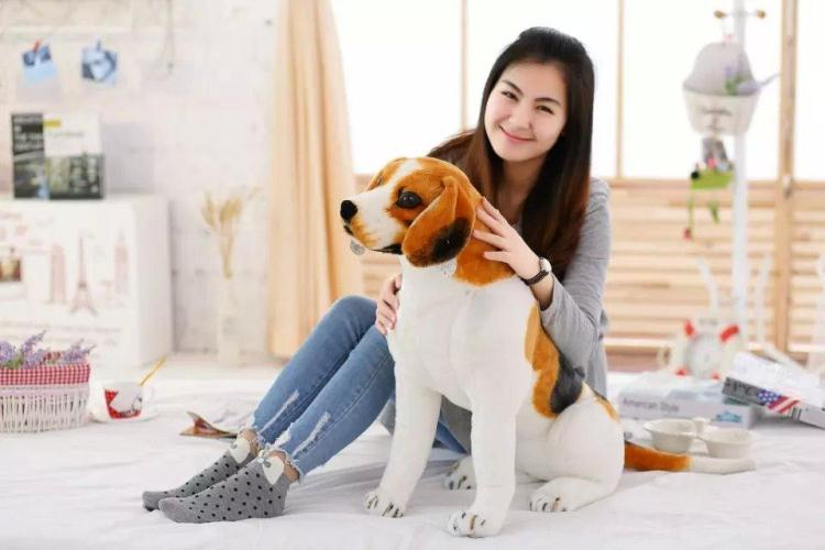 large 70cm squatting beagle dog plush toy,high quality goods ,birthday gift Christmas gift h2926 child gift multifunctional high quality dog toy electric intelligent electric dot dog educational toy can be chased