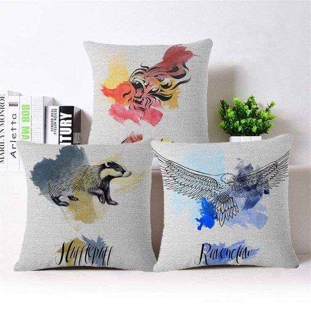 Wholesale Movie Simple London College Gouache High Quality Cover Magnificent College Decorative Pillows