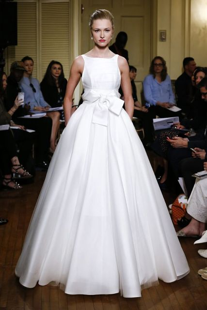2017 Silk Wedding Dresses Simple Wedding Gowns Fashion Bridal Gowns ...