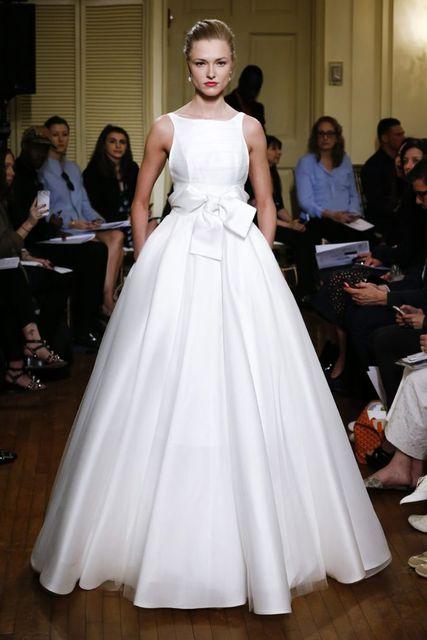 2017 Silk Wedding Dresses Simple Wedding Gowns Fashion Bridal Gowns ...