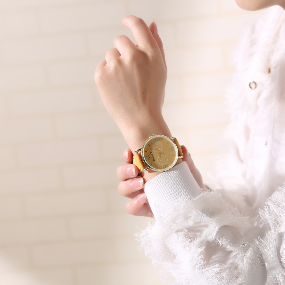 Luxury Fashion Leather Band Analog Quartz Round Wrist <font><b>Watch</b></font> <font><b>Watches</b></font> <font><b>Big</b></font> numbers to recognize <font><b>unisex</b></font> <font><b>watches</b></font> W516 image