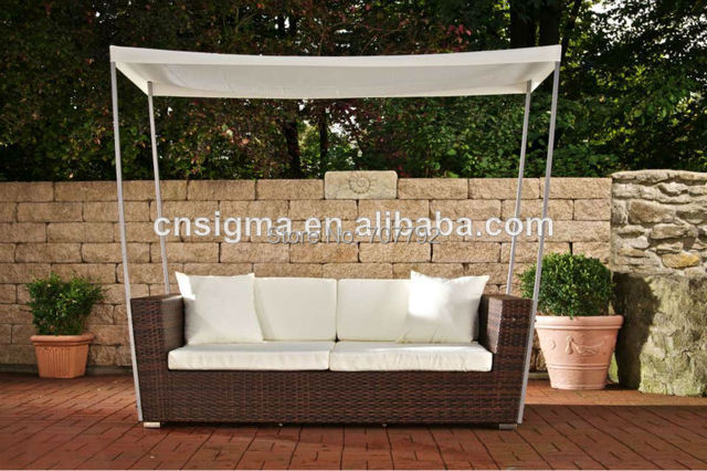 Elegant Design Rattan Furniture Outdoor Lounge Chair With Canopy
