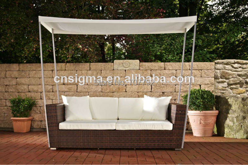 Elegant design rattan furniture outdoor lounge chair with canopy(China  (Mainland))