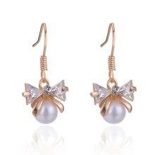 9b095631884a SUKI coreana japonesa Bowknot perla de cristal de Zircon declaración  ganchos pendientes de la boda para la joyería de las mujere.