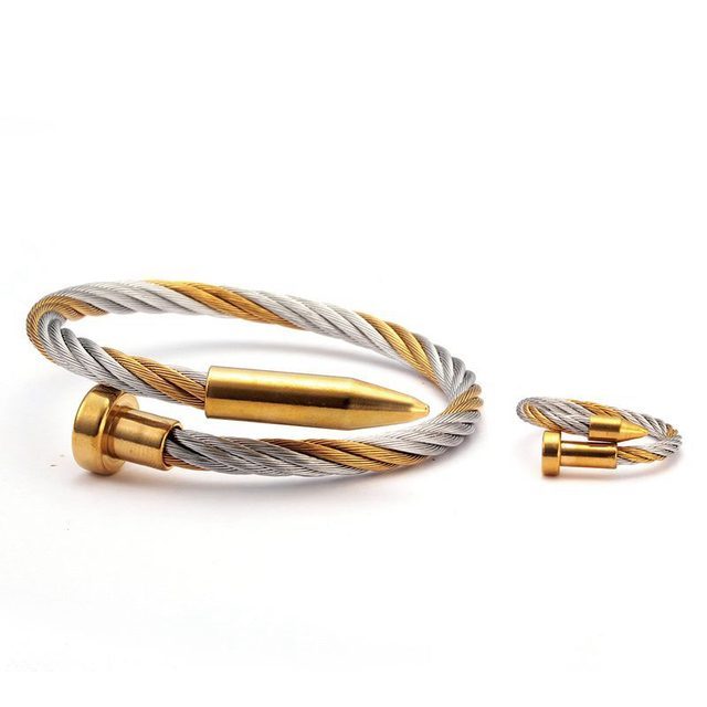 Chain Link Sporty Men Women...