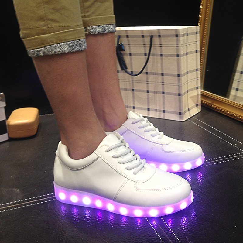 Men's Shoes Usb Charge Led Shoes Couple Casual Shoes With Led Luminous Men Shoes Light Up Male Shoes Zapatos Mujer Fashion Lace Up Loafers Attractive Appearance Men's Casual Shoes