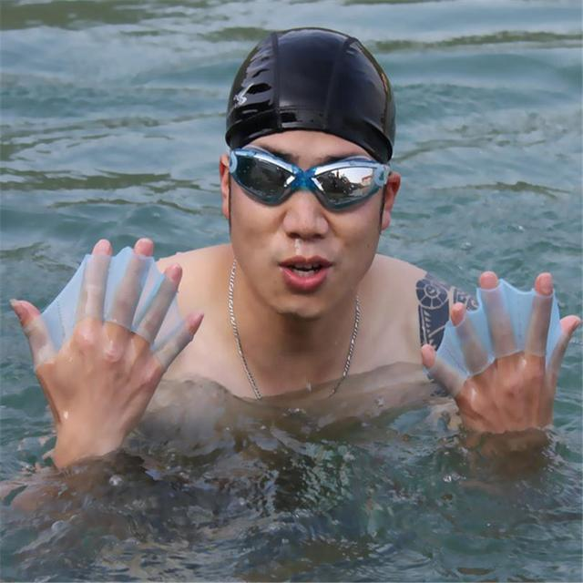 Swim Gear Fins Hand Web Flippers Silicone Training 1 pair Gloves Women Men Kids webbed gloves for swimming silicone 3 Size Q035