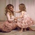 Очаровательный Розовый Цветы Дешевые Девушки Цветка Платья 2016 Милая Бретельках Длиной До Колен первое причастие платья для девочек