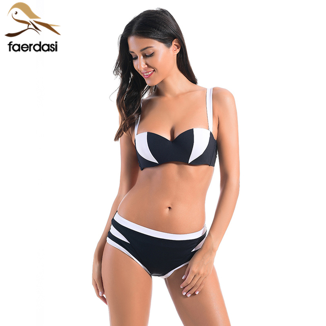 fce8e91e273 Faerdasi 2018 Noir Blanc Patchwork Bikini Set Femmes Bandeau Bikini Halter  Maillots De Bain Femme Brésilienne