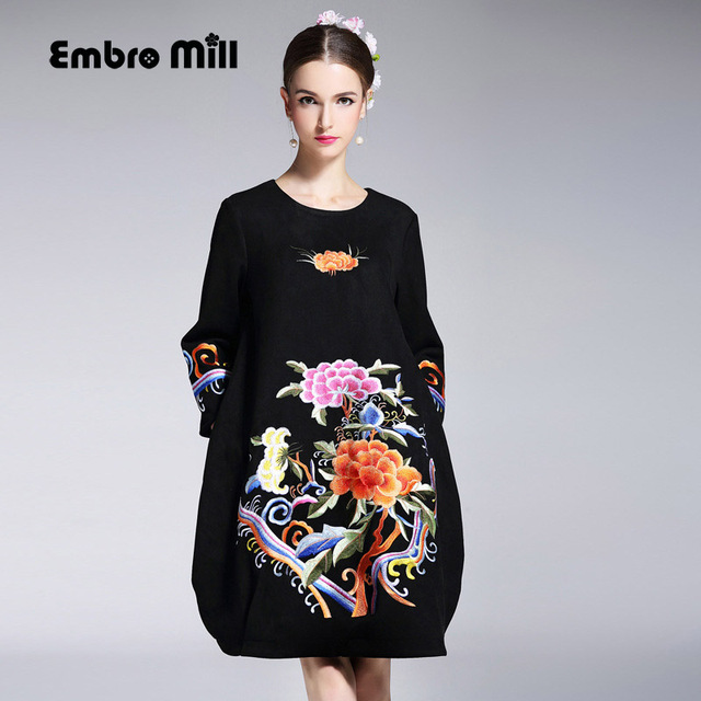 b5c7f69ec338 High-end floral autumn women Chinese style midi embroidery dresses O-neck  elegant loose lady black bud party dress S-XXL