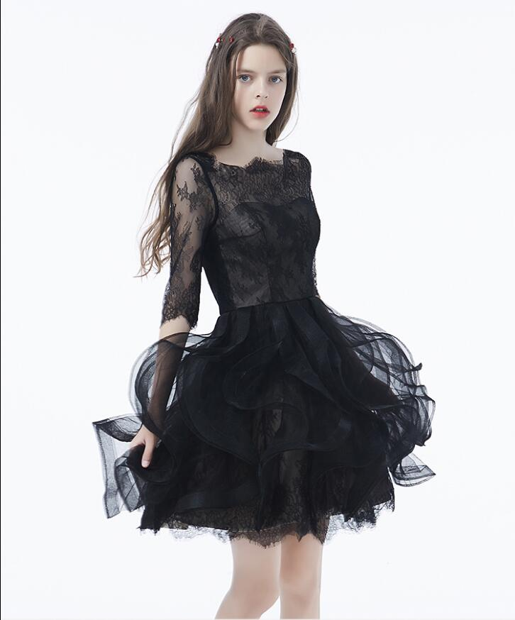 2017 Black Gothic Short Wedding Dresses With 3/4 Sleeves