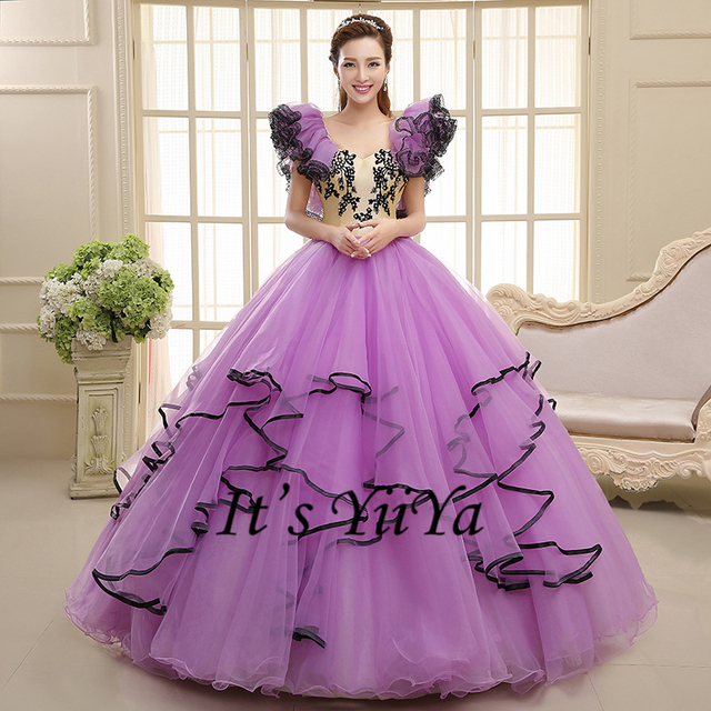 Free Shipping New 2017 Purple Short Sleeves Princess Plus Size Wedding Dresses Ball Gowns Lace Up
