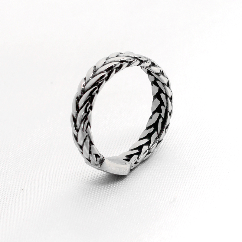 2018 Vintage Jewelry For Women Motorcycle Chain Ring Stainless Steel Charm Jewelry Bicycle Rings Punk Curb Chain Gift VR167