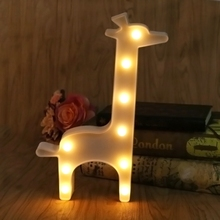 3D Marquee Giraffe Table Lamp 9 LED Battery Operated Night Light Childrens Room Decor