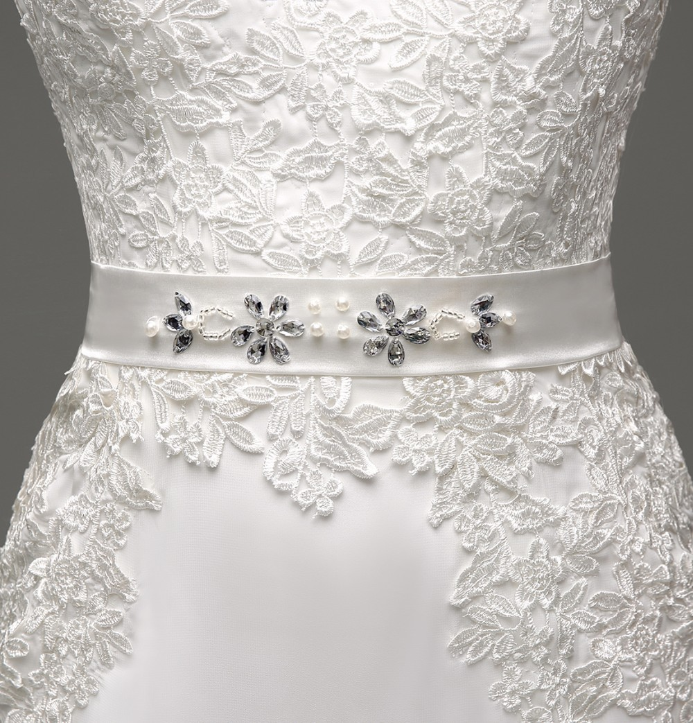 Long Sleeve Sheath Lace Appliqued Bridal Dress 5