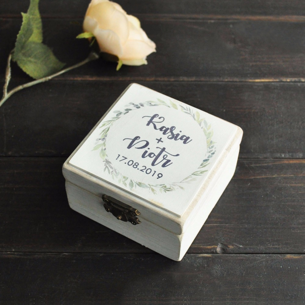 Wedding Ring Box,Personalized Names Wooden Box,Gift For Couples Rings,Rustic Ring Box With Wreath,Ring Bearer Box