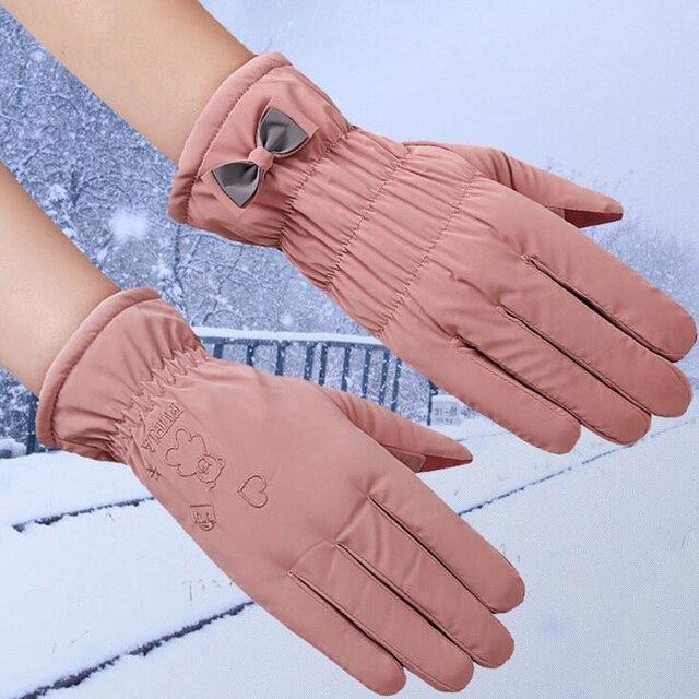 New Female Winter Outdoor Sports Warm Windproof Cartoon Bear Touch Screen Gloves Fashion Women Bow Tie Plush Gloves Mittens 17 5