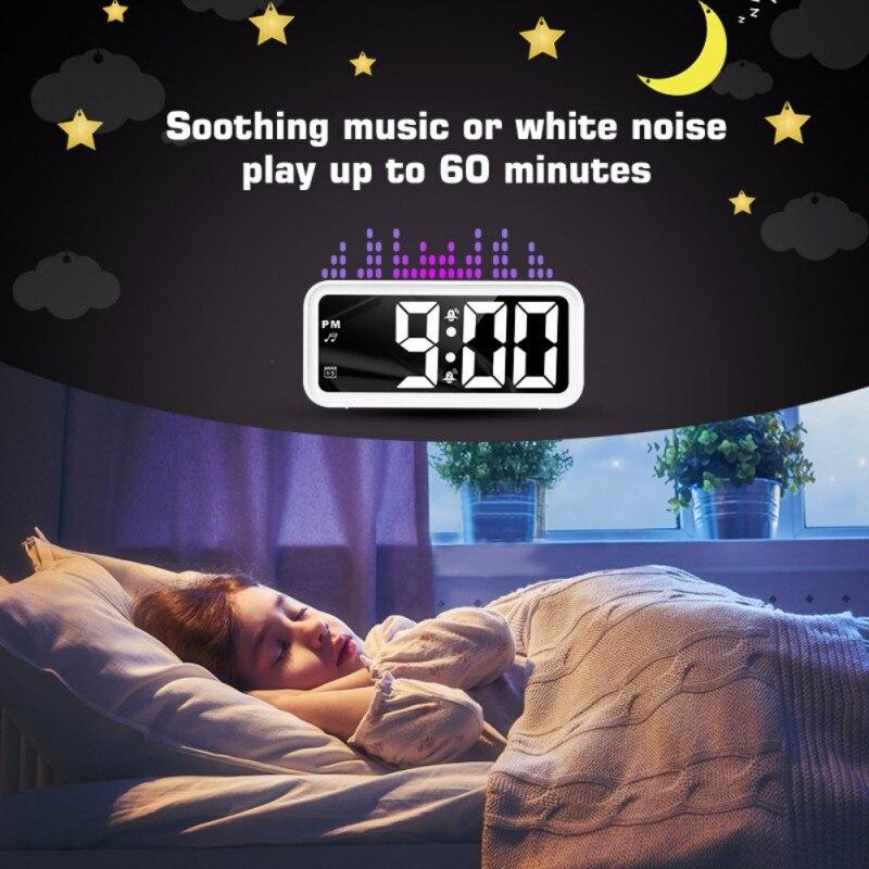 USB Chargée affichage numérique Noctilucent Horloge led mise en sourdine radio-réveil bureau numérique Gadget Numérique Super Silencieux pour La Maison Chambre