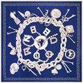 Sarga de Seda Bufanda de Las Mujeres de la manera 130*130 Euro Cadena de Diseño Cartas Impresión Del Cráneo Bufandas Cuadradas de Regalo de Alta Calidad Grande Mantones de seda