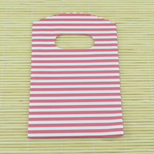 Wholesale 150pcs/lot 9x15cm Pink Stripe Plastic Bag Small Jewelry Boutique Gift Packing Bag Cute Plastic Gift Bags With Handle(China (Mainland))