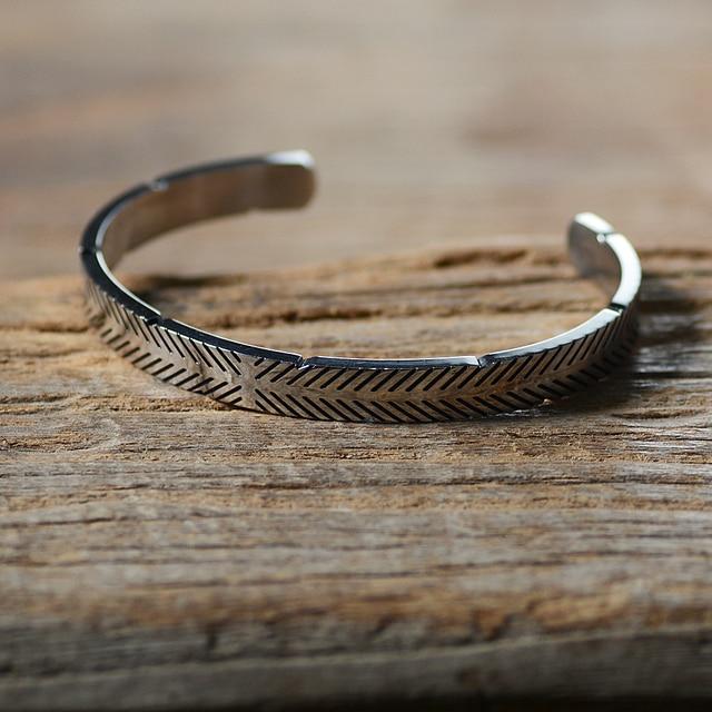 Bracelet en acier inoxydable titane ligne Viking couleur argent Bracelets de manchette hommes femmes manchette bracelet ouvert 1