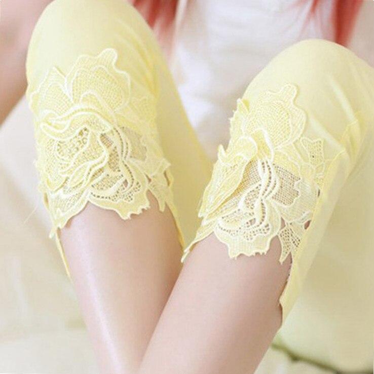 FSDKFAA Lady Short Lace   Capris   Fashion Casual Slim Pencil   Pants   Women Summer Black White Skinny Leggings Knee Length Trousers