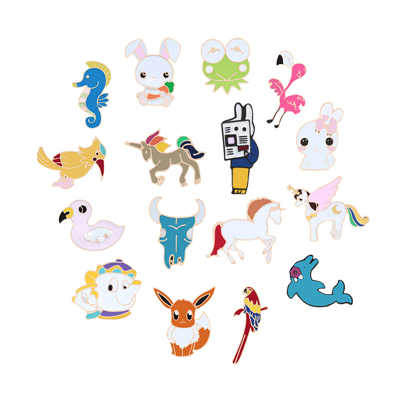 Boutique Anime Badge Brooch Frog Fox Swallow Pokemon Rabbit Flamingo Duck Mermaid Bull Seahorse Kids Sloth Pin Animal Collection button