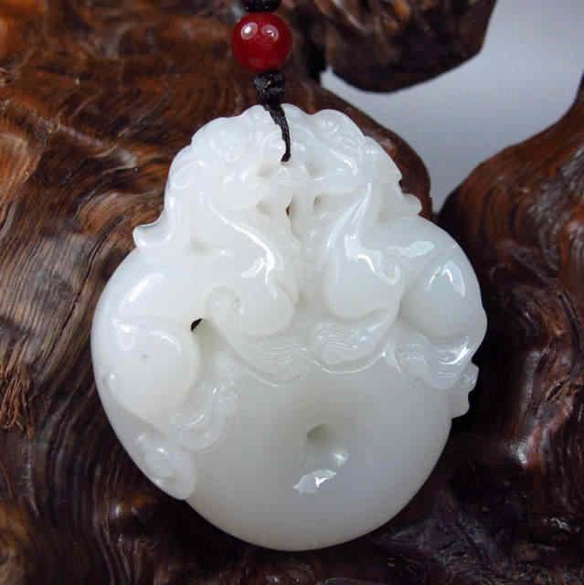 Blanc Afghanistan sculpté Pixiu pendentif collier mode sculpture pendentifs bijoux femmes maman cadeau gratuit corde