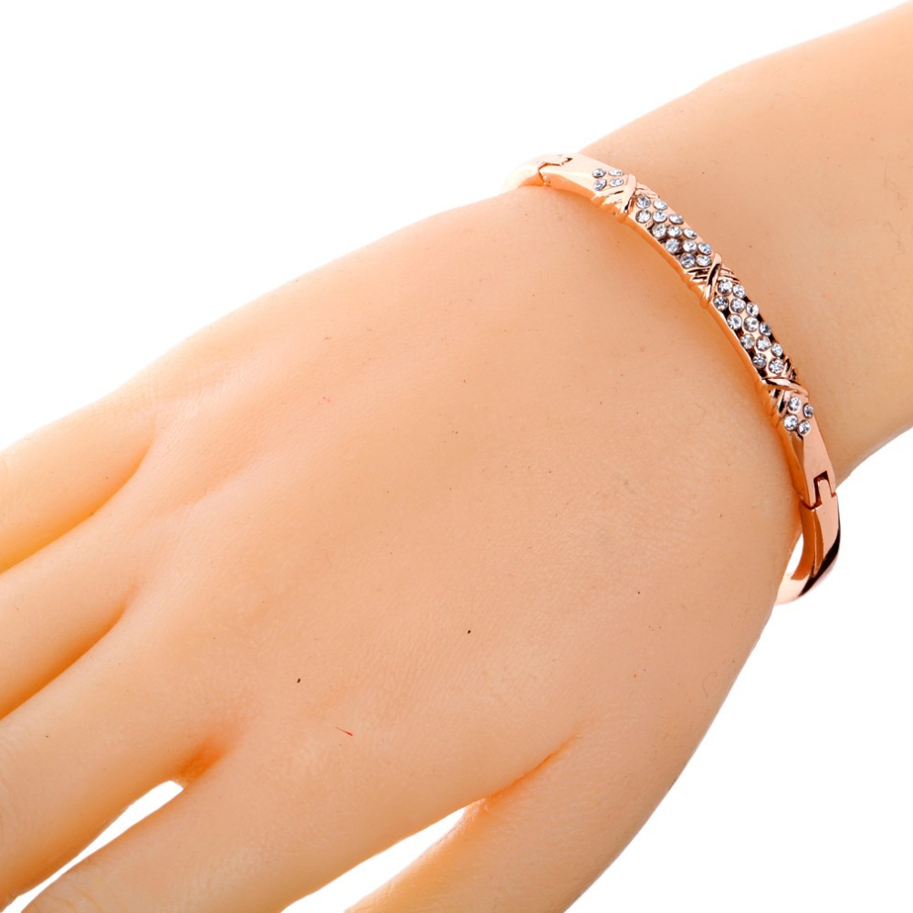 Fashion Simple Design Carve Diamante Crystal Chain Link Bangle ...