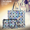 2017 Hot Sale Tote Chains Single Interior Zipper Pocket New Lattice Folding Bag Variety Laser Hand Raisin Mother One Generation