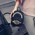 Новая Мода Женщины Сумку Дамы женщин Кожа Рюкзак Путешествия Softback Гексагональной Заклепки Сплошной Цвет Простой Сумки Женские Рюкзак