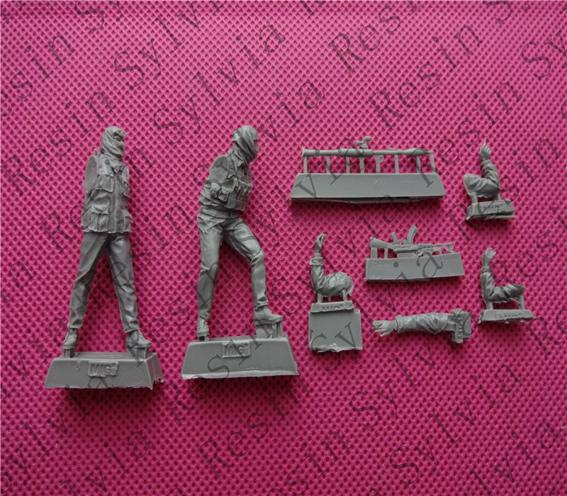 pre order-(General quality version) Resin soldier 1/35 modern war Palestinian militants in street battles pre order general quality version resin soldier model 80mm poker girl bus stop