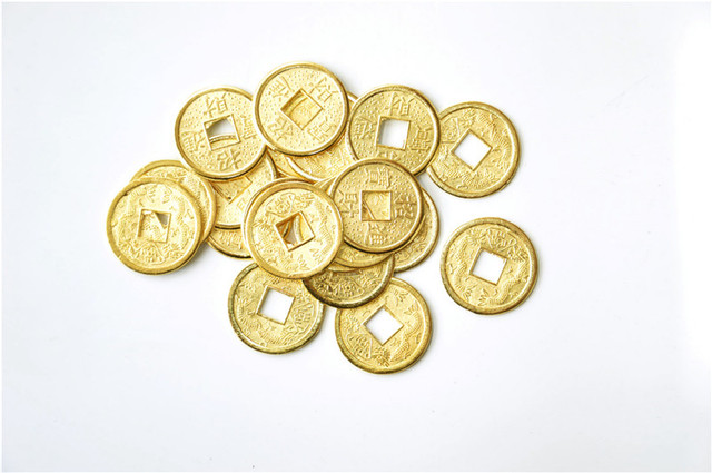 100PCS 24mm Golden Chinese Ancient Feng Shui Lucky Coin Good Fortune Two Dragons Antique Wealth Money For Collection Gift
