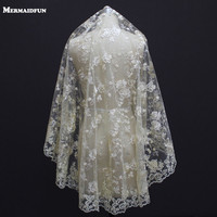 2018 New One Layer Lace Edge Flower Tulle Champagne Cover Face Short Wedding Veil WITHOUT Comb Beautiful Bridal Veil