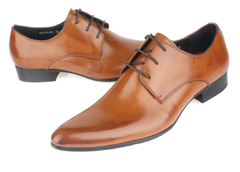 Shop for men's dress shoes to match your suit. See the latest styles like italian dress shoes and popular colors like black & brown at Men's Wearhouse!