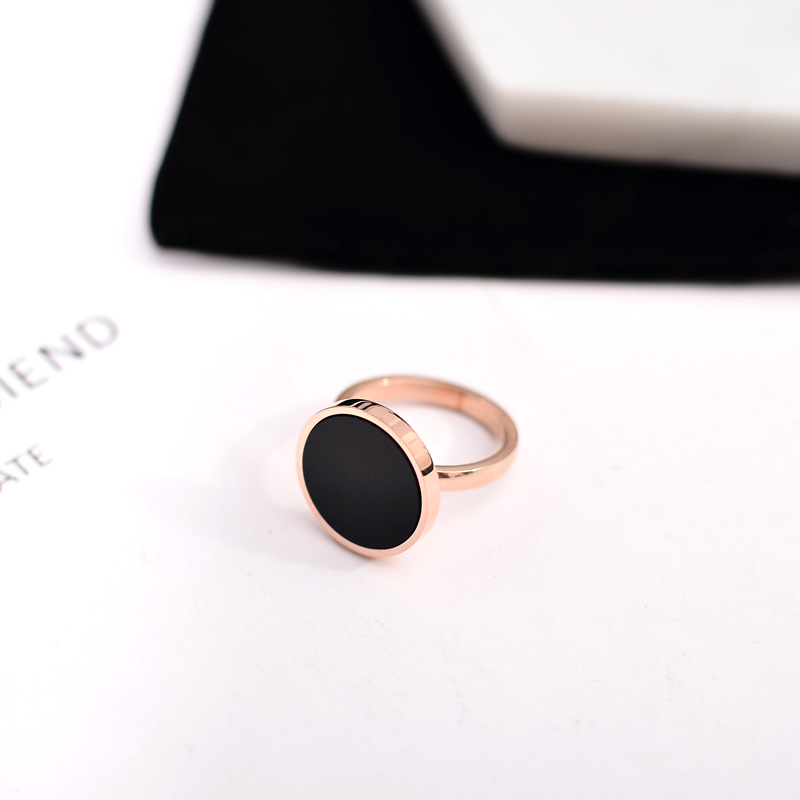 YUN RUO New Arrival Luxyry CNC Zircon Crystal Inlay Black Ring for Woman 316L Stainless Steel Jewelry Rose Gold Color Never Fade in Engagement Rings from Jewelry Accessories