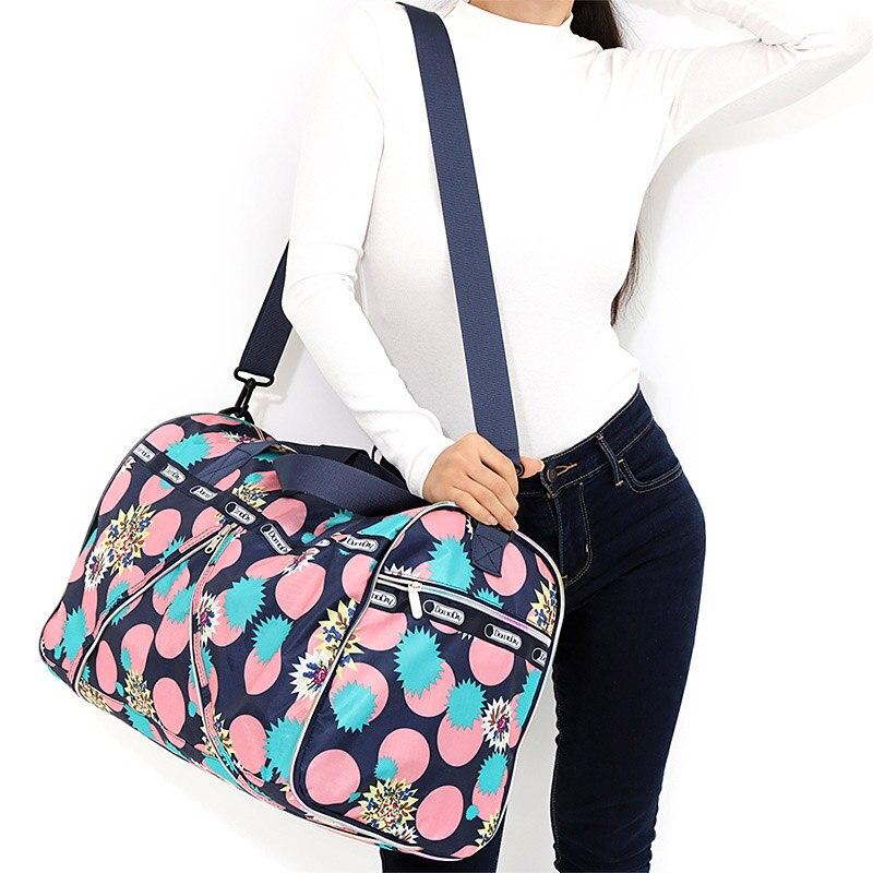 Nylon Folding Duffle Bag Women Travel Bag Portable Carry on Luggage Organizer Weekend Bags Shoulder Big Overnight Bags XA765WB