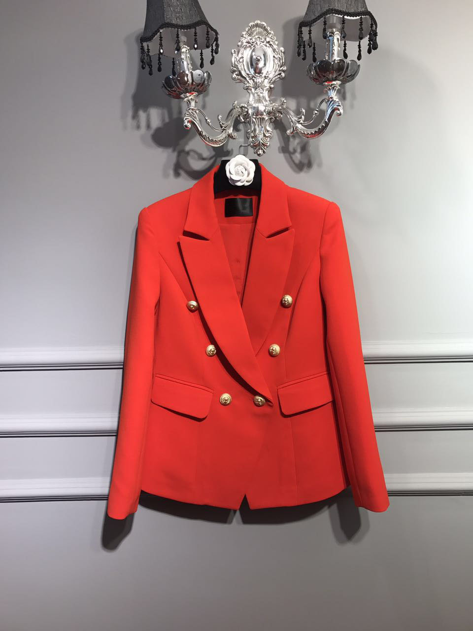 2017 NEW Luxury Runway Woman Fashion Red Blazer With Double Breasted Gold Buttons Lapel Collar Front Flap Pockets